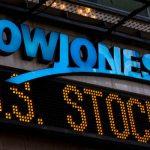 Dopo 30 anni il Dow Jones festeggia con un nuovo record